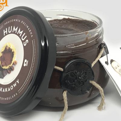 Bezglutenowy i wegański hummus daktylowo-kakaowy