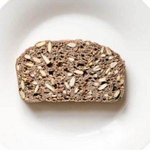 Bezglutenowy i wegański chleb gryczany na zakwasie