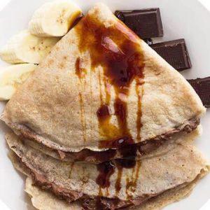 Bezglutenowe i wegańskie naleśniki z nadzieniem bananowo-kakaowym