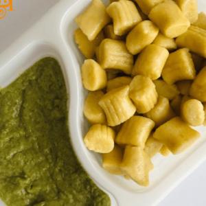 Bezglutenowe i wegańskie gnocchi z sosem szpinakowym